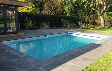 Outdoor Swimming Pool Builders and Installers